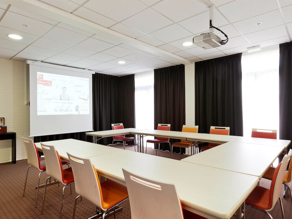 Book Ibis Aulnay Paris Nord Expo Aulnay sous Bois Hotel Deals # Hotel Aulnay Sous Bois