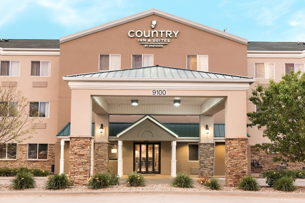 Featured Image, Country Inn & Suites by Radisson, Cedar Rapids Airport, IA
