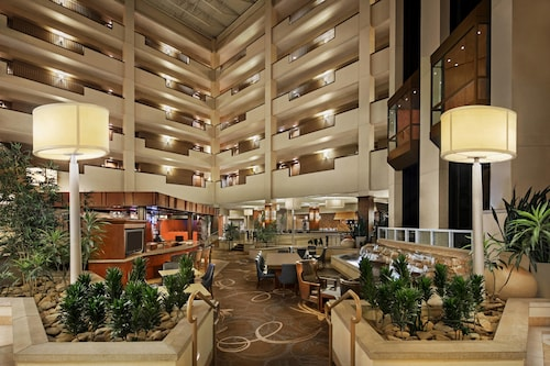 Great Place to stay Sheraton Sioux Falls & Convention Center near Sioux Falls