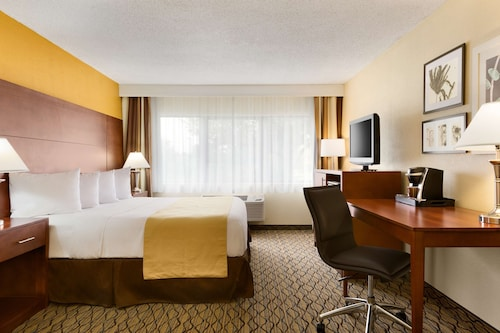 Country Inn & Suites by Radisson, Mishawaka, IN