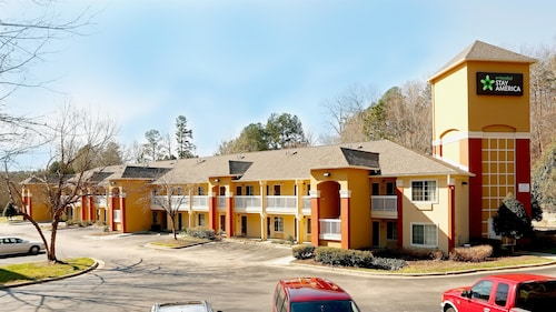 Great Place to stay Extended Stay America - Raleigh - Crabtree Valley near Raleigh