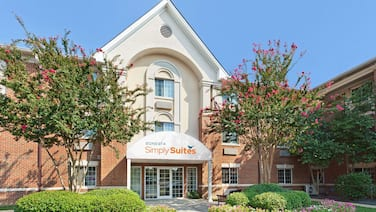 Sonesta Simply Suites Charlotte University