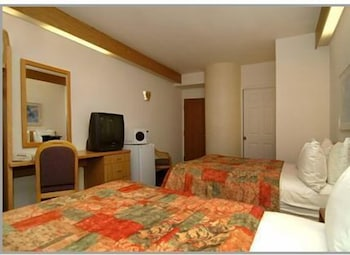 Room, Sleep Inn At Harbour View
