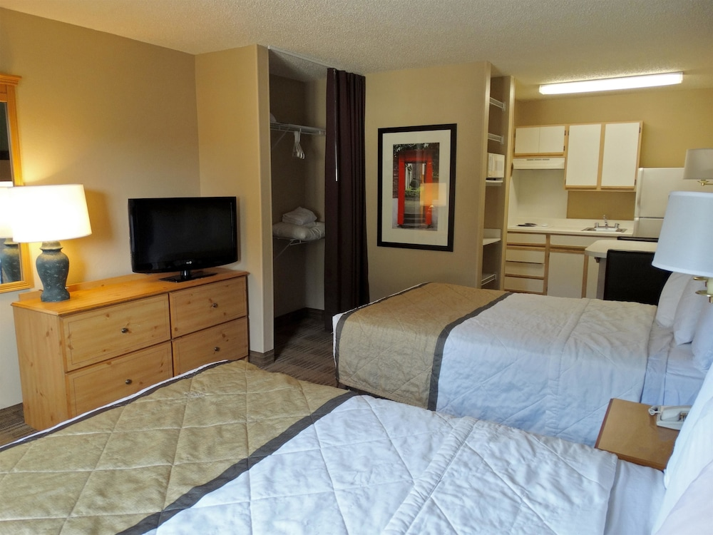extended stay america tampa brandon 2019 room prices. Black Bedroom Furniture Sets. Home Design Ideas