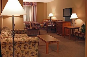 Living Area, Comfort Inn Benson near Kartchner Caverns