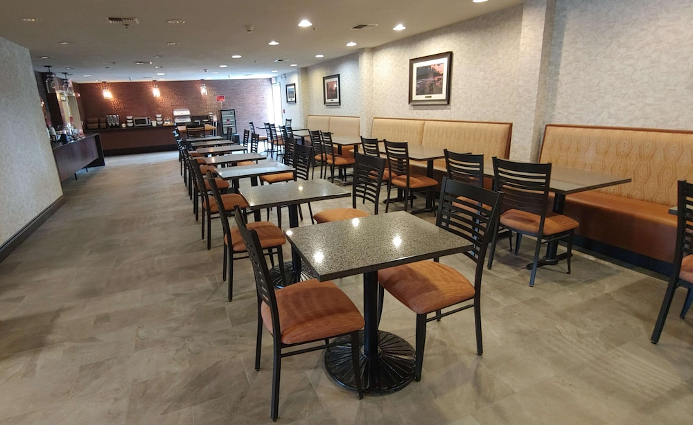 Breakfast Area, Best Western Plus Bend North