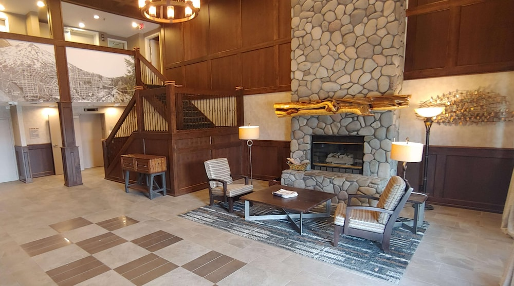 Lobby, Best Western Plus Bend North