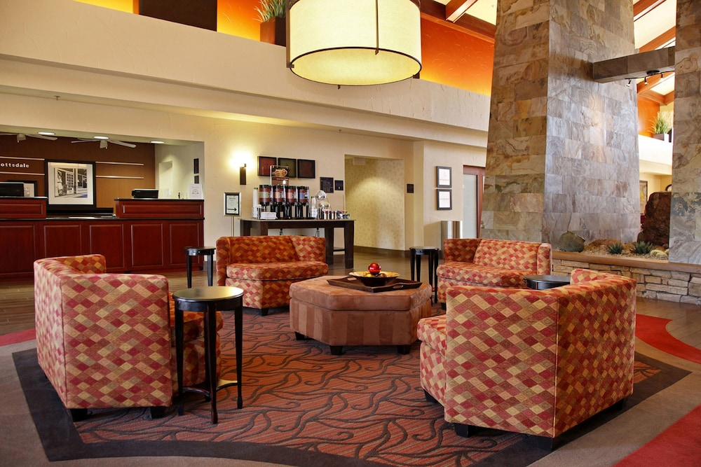 Lobby Sitting Area, Hampton Inn & Suites Scottsdale