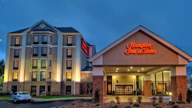 Hampton Inn & Suites Asheville Airport