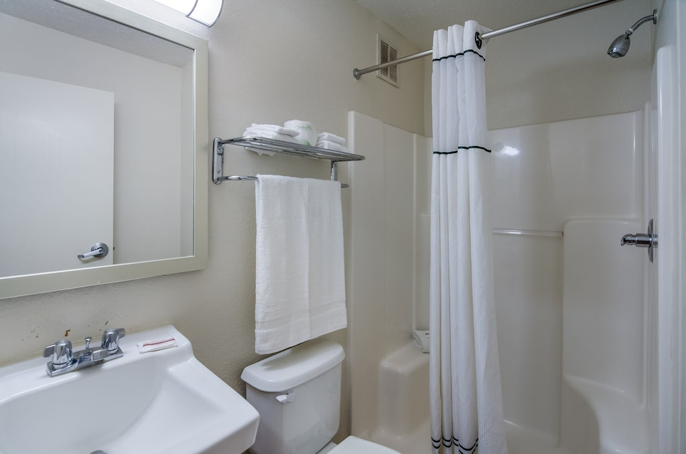 Bathroom, HomeTowne Studios by Red Roof Winston-Salem - University Pkwy