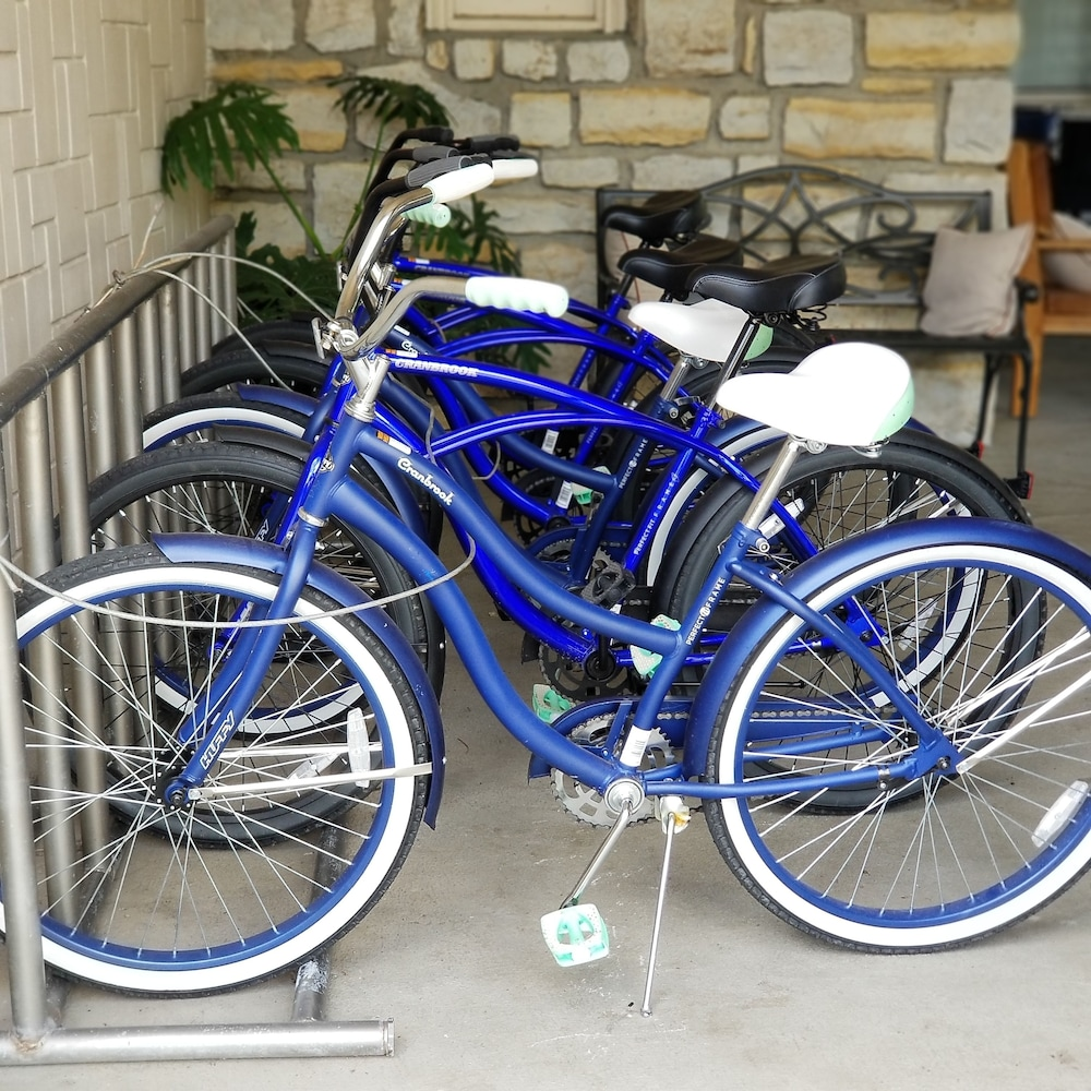 Bicycling, The Elms Hotel & Spa