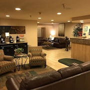 Monument Inn & Suites