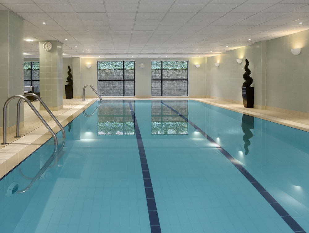 Indoor Pool, Radisson Blu Hotel Manchester, Airport