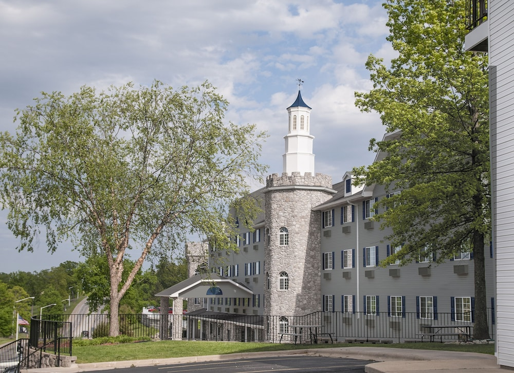 Exterior, The Stone Castle Hotel & Conference Center