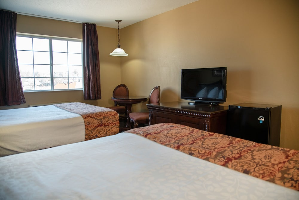 Room, The Stone Castle Hotel & Conference Center