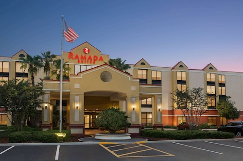 Ramada by Wyndham Suites Orlando Airport