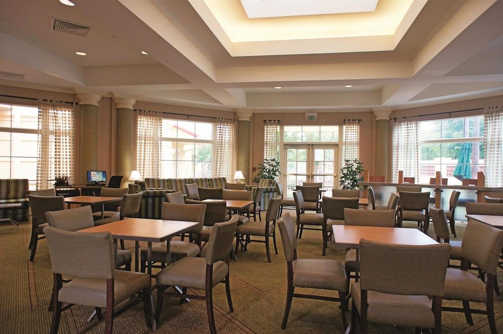 la quinta inn suites orlando airport north orlando usa. Black Bedroom Furniture Sets. Home Design Ideas