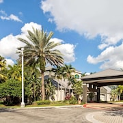 La Quinta Inn & Suites by Wyndham Ft. Lauderdale Plantation