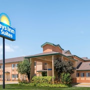 Days Inn & Suites by Wyndham Wichita