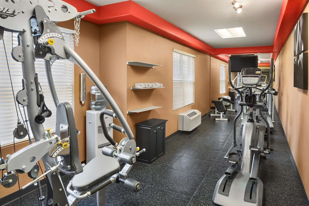 Fitness Facility, Country Inn & Suites by Radisson, Lexington, KY