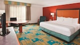 La Quinta Inn & Suites Charlotte Airport South - Charlotte Hotels