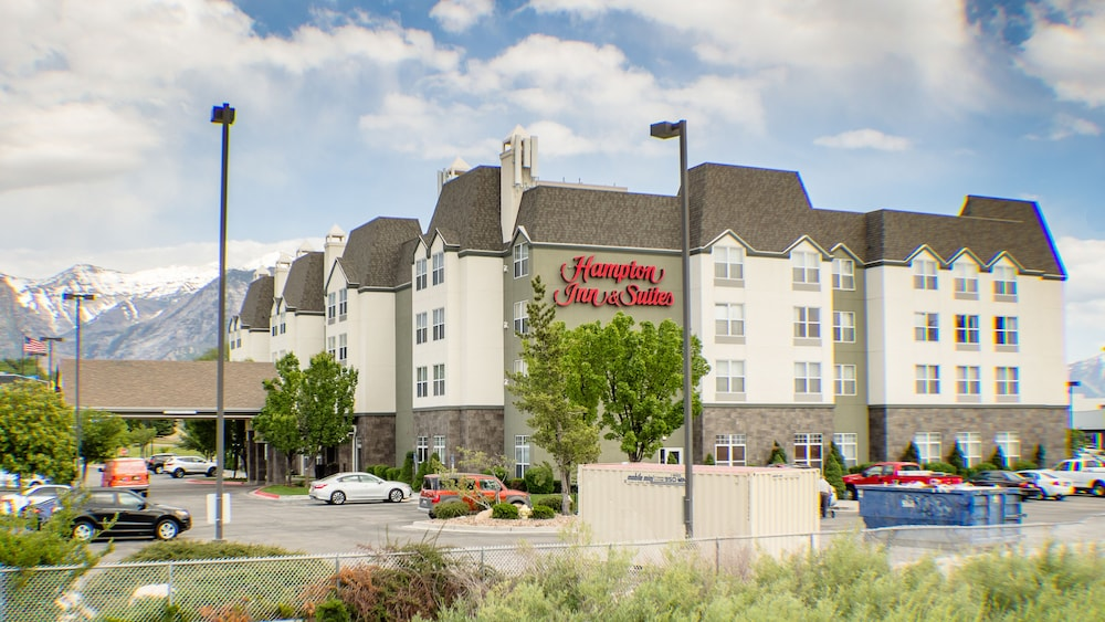 Front of Property, Hampton Inn & Suites Orem