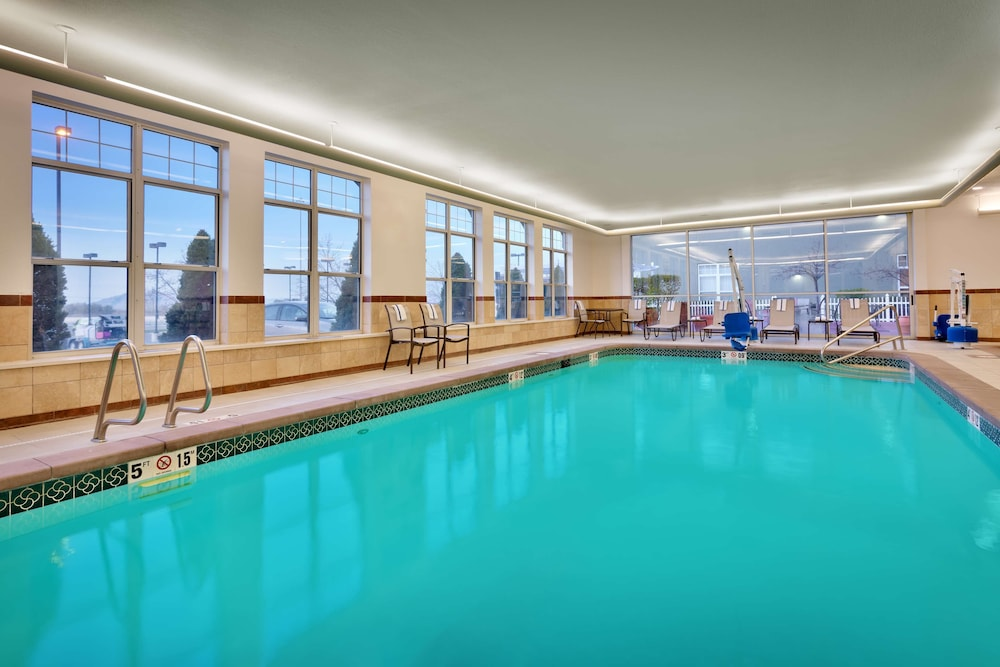 Pool, Hampton Inn & Suites Orem