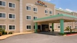 Baymont Inn & Suites Lawton - Lawton Hotels