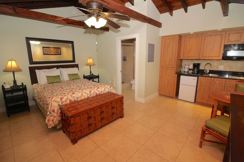 Room, Coconut Mallory Resort And Marina By Kees Vacations