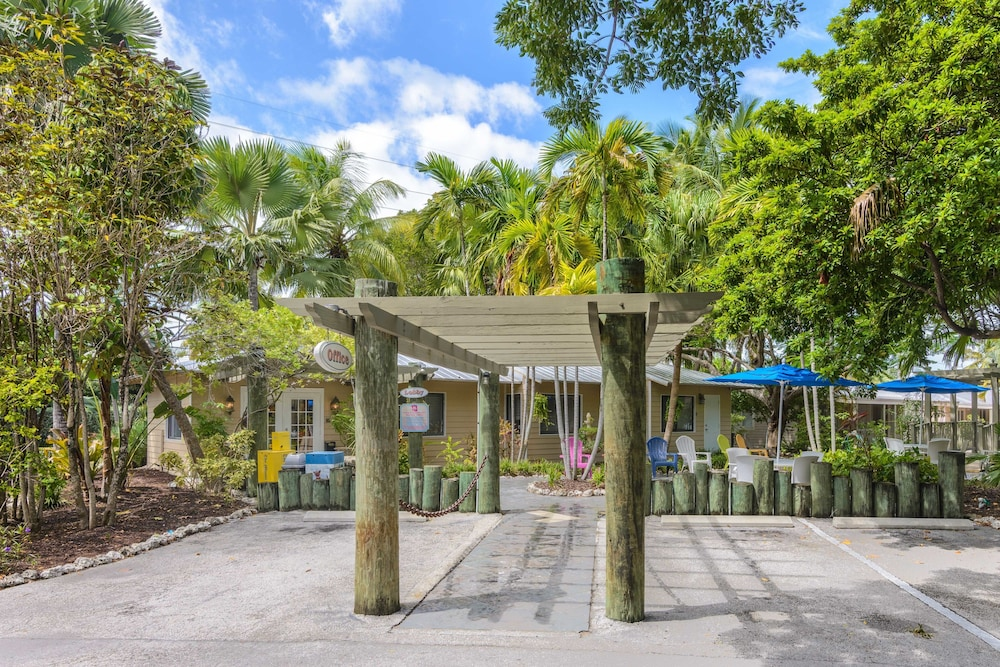 Meeting Facility, Coconut Mallory Resort And Marina By Kees Vacations