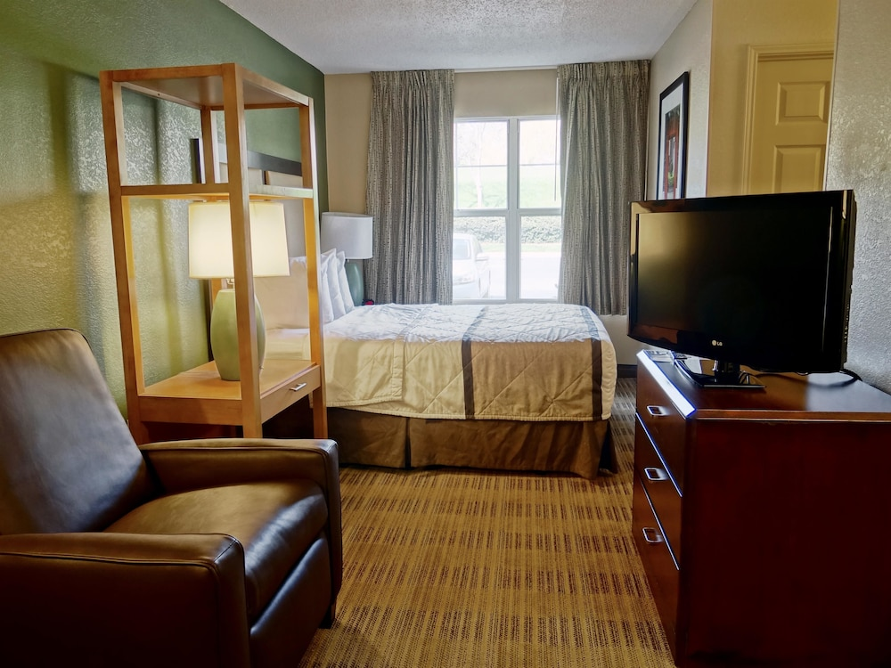 Room, Extended Stay America- Kansas City - Overland Park - Metcalf