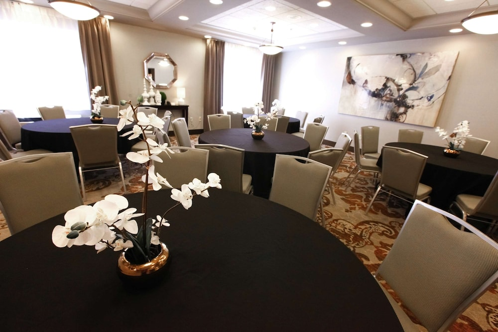 Meeting Facility, DoubleTree by Hilton Hotel Des Moines Airport