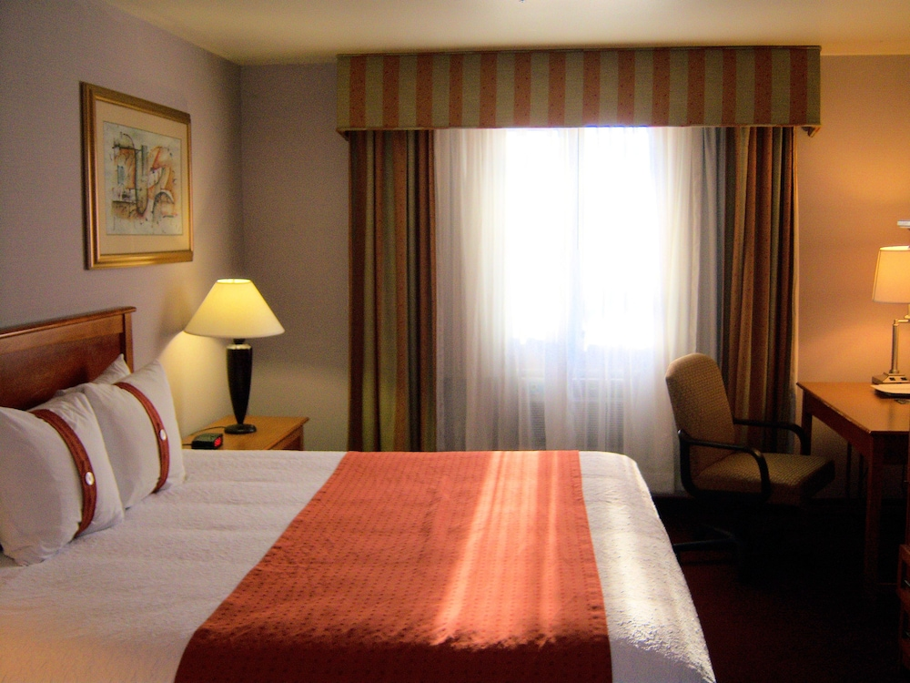 Room, Cities Of Gold Casino