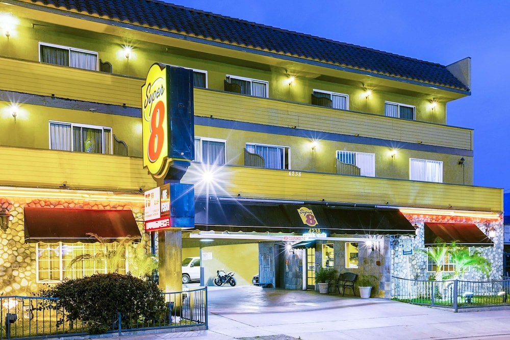 Exterior, Super 8 by Wyndham Inglewood/LAX/LA Airport