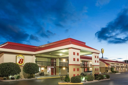 Check Expedia for Availability of Super 8 by Wyndham Tifton