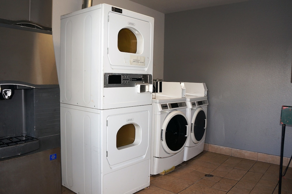 Laundry Room, Americas Best Value Inn Milpitas Silicon Valley