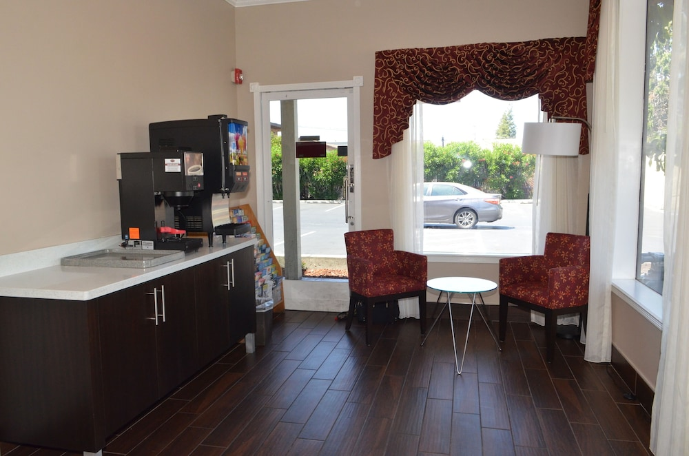 Breakfast Area, Americas Best Value Inn Milpitas Silicon Valley