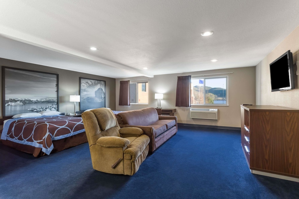 Room, Super 8 by Wyndham Sparks/Reno Area