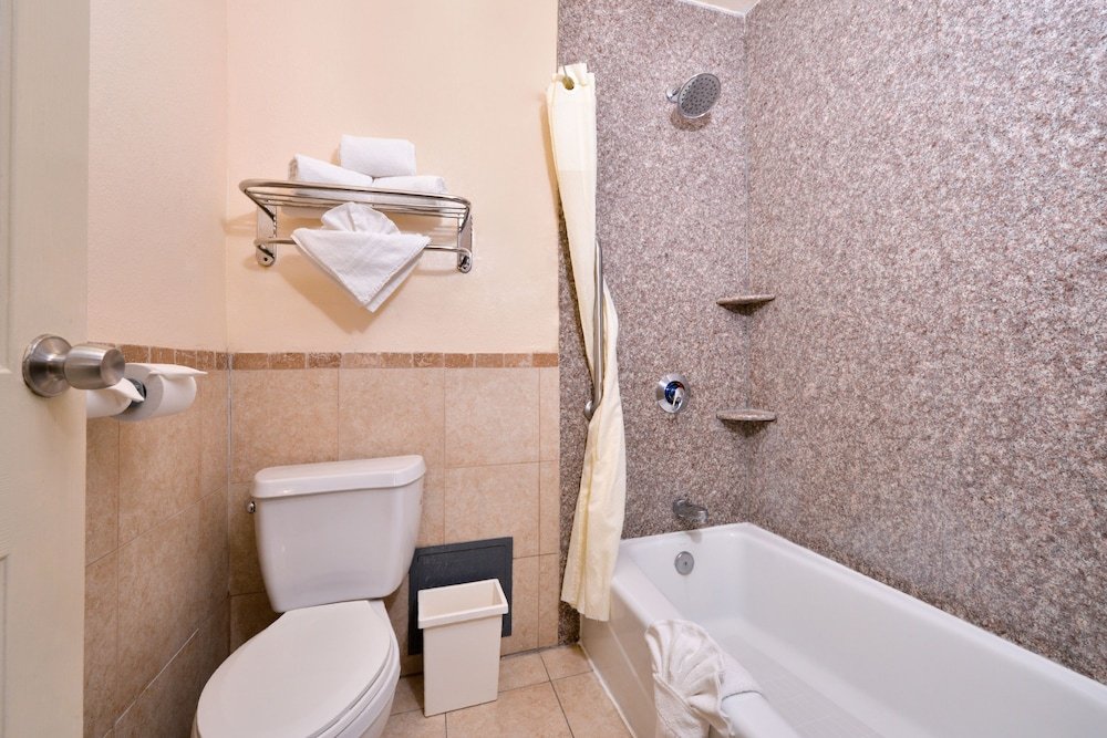 Bathroom, Americas Best Value Inn & Suites El Monte Los Angeles