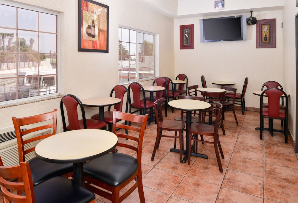 Dining, Americas Best Value Inn & Suites El Monte Los Angeles
