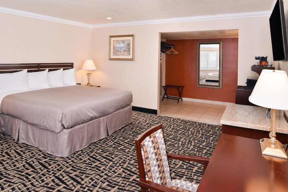 Room, Americas Best Value Inn & Suites El Monte Los Angeles