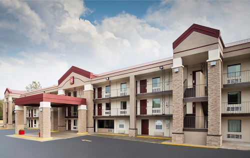 Red Roof Inn PLUS+ Birmingham East - Irondale/Airport