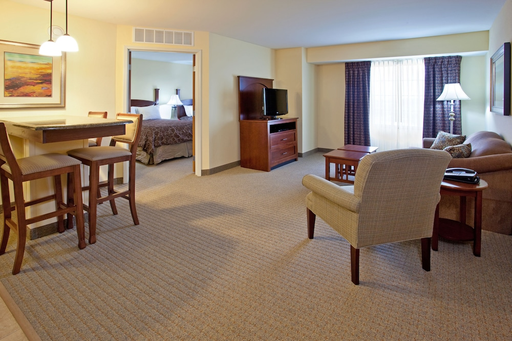 Room, Staybridge Suites Elkhart