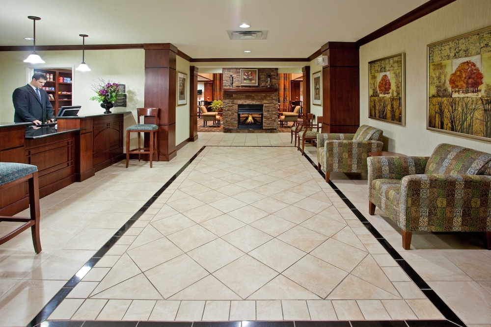 Lobby, Staybridge Suites Elkhart