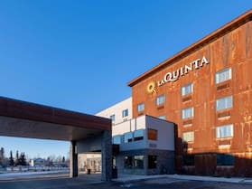 La Quinta Inn & Suites by Wyndham Anchorage Airport