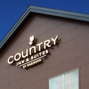Country Inn & Suites by Radisson, Monterey Beachfront-Marina, CA