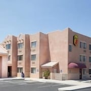 Super 8 by Wyndham Yuma