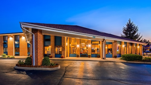 Check Expedia for Availability of Best Western Muncie