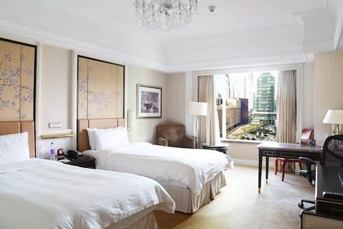 浦東 シャングリ・ラ 上海 (上海浦東香格里拉大酒店)