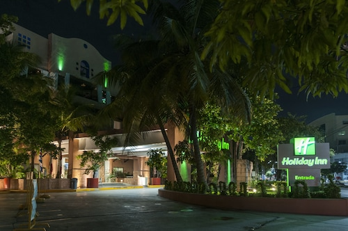 卡門城假日酒店